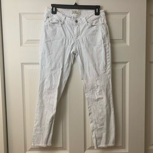Lucky Brand   Lolita Capri   White   Cropped Jeans